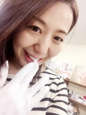 白い手袋を言えば「ヒ〜ロ〜シ〜〜〜」